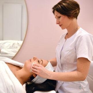 rehabilitacja po zabiegach w obrebie twarzy