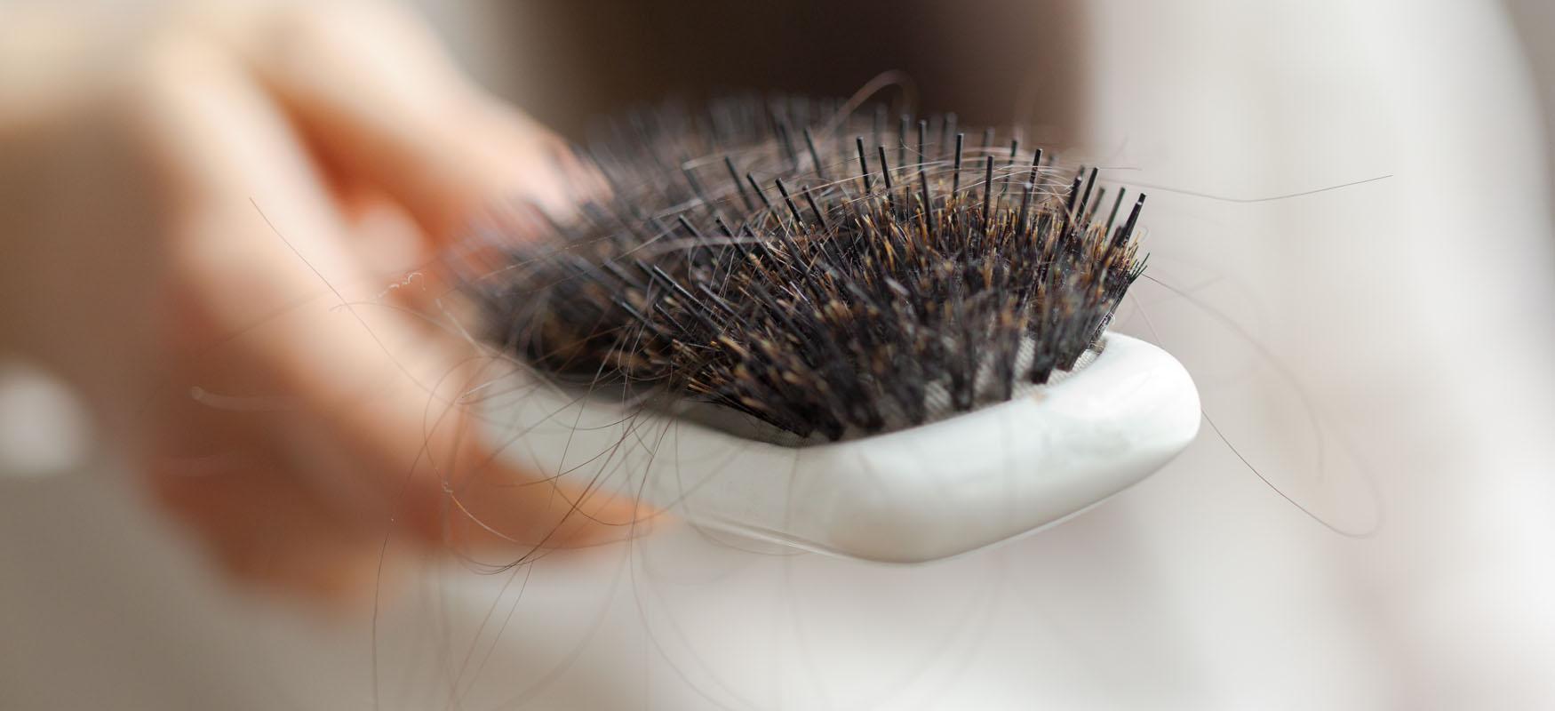 Co nawypadanie włosów? Poznaj 4 zabiegi!